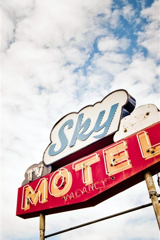 iPhone Wallpaper Sky motel in USA