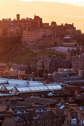 iPhone Wallpaper Edinburgh Castle, Scotland, stronghold, city, houses, buildings, dawn