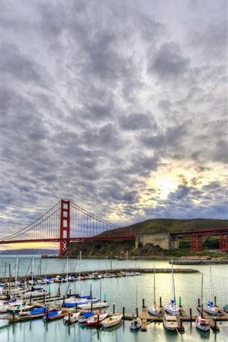 iPhone Wallpaper Sailboats, yachts, bay, clouds, San Francisco, USA