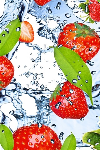 iPhone Wallpaper Strawberry, fruit, water, splash