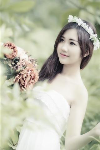 iPhone Wallpaper Asian girl, flowers, wreath