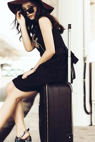 iPhone Wallpaper Asian girl, sunglass, suitcase, roadside