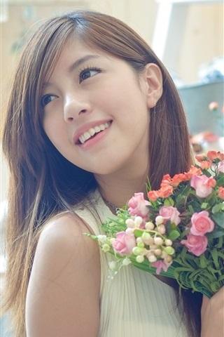 iPhone Wallpaper Beautiful Asian girl, holding flowers