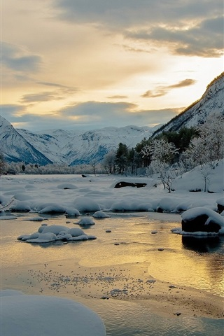iPhone Wallpaper Winter, snow, mountains, trees, river, dusk