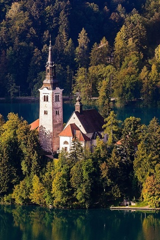 iPhone Wallpaper Slovenia, Lake Bled, Church, island, trees