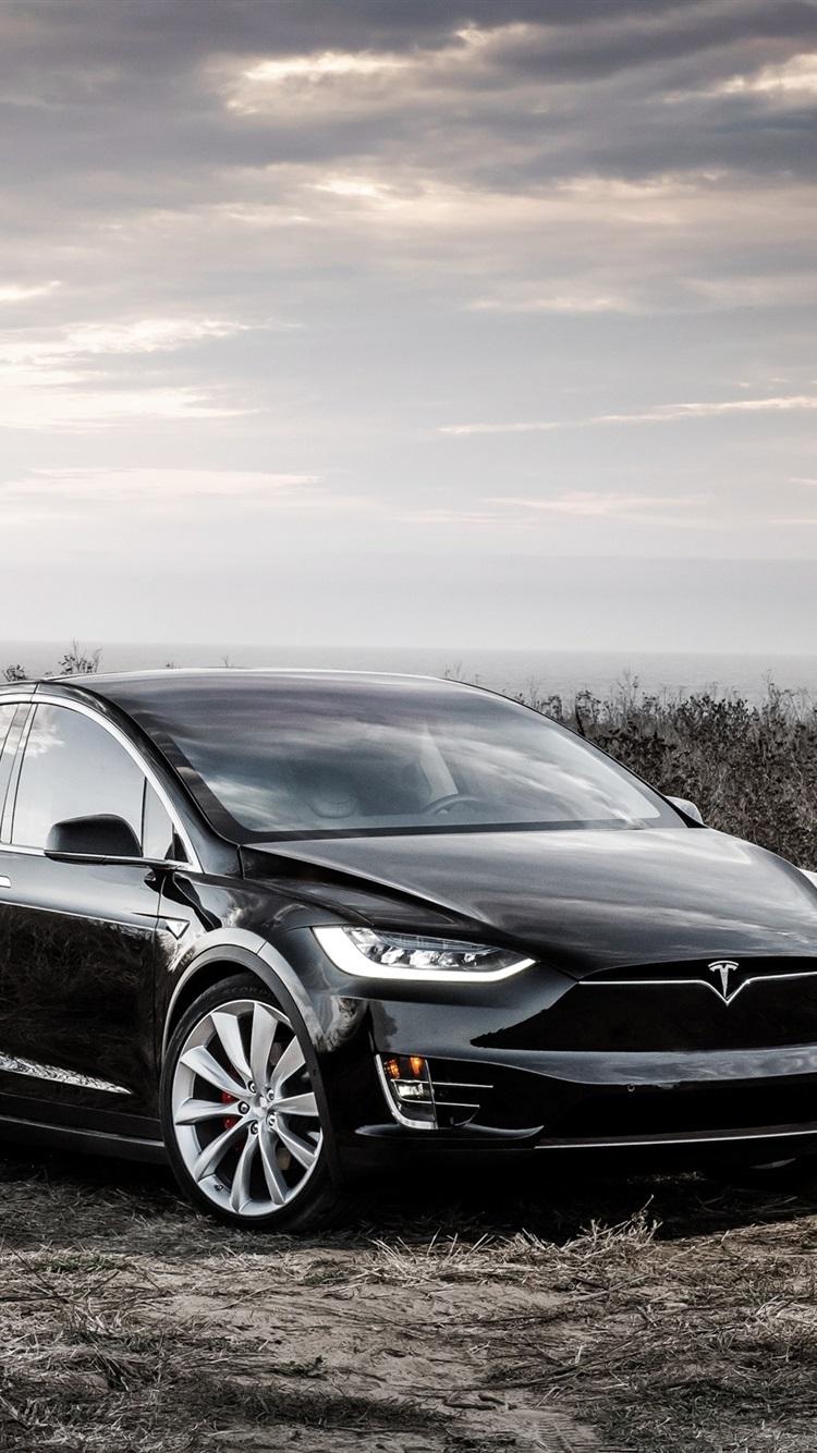 Tesla Model X black electric car ...