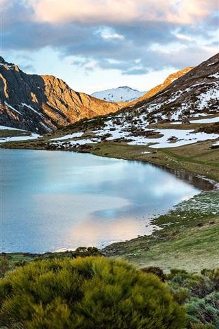 iPhone Wallpaper Mountains, lake, snow, Castilla y Leon, Spain