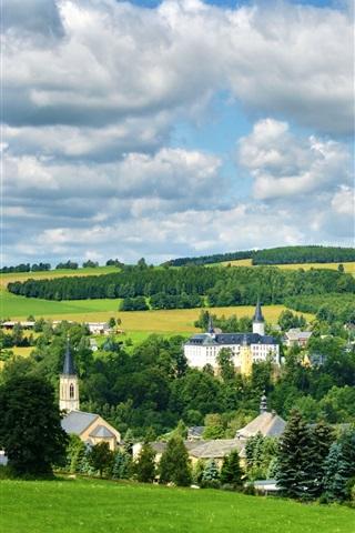 iPhone Wallpaper Neuhausen Erzgebirge, Germany, town, trees, field, clouds