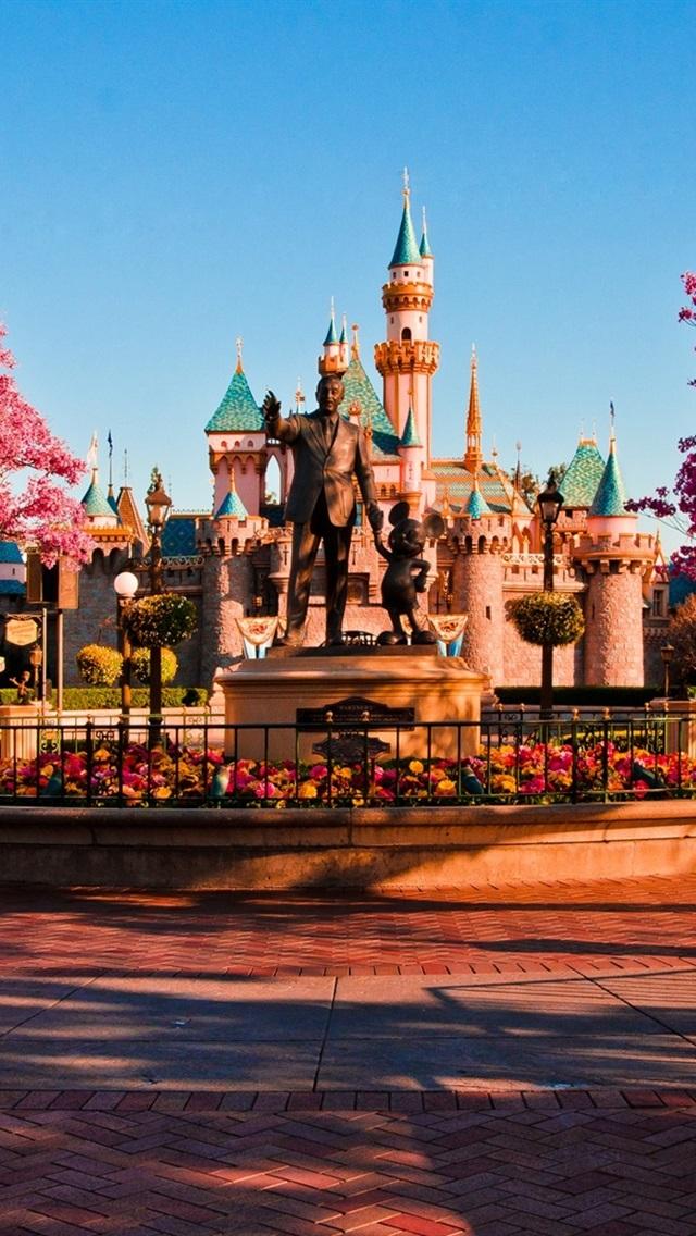 Welcome To Disneyland 640x1136 Iphone 5 5s 5c Se Wallpaper