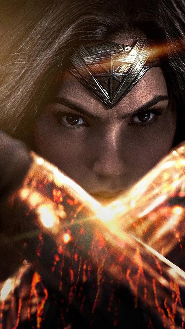 Wonder Woman Gal Gadot 750x1334 Iphone 8 7 6 6s Wallpaper