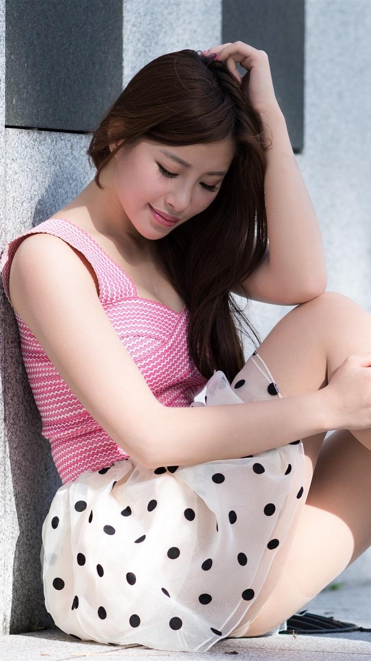 Wallpaper Asian Girl Sit At Floor Skirt Legs Heels