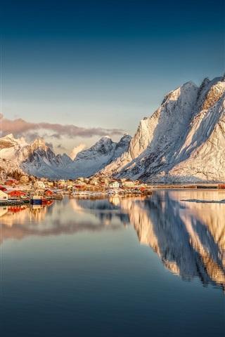 iPhone Wallpaper Beautiful Norway, Reine, Nordland, Lofoten archipelago, snow mountains, houses