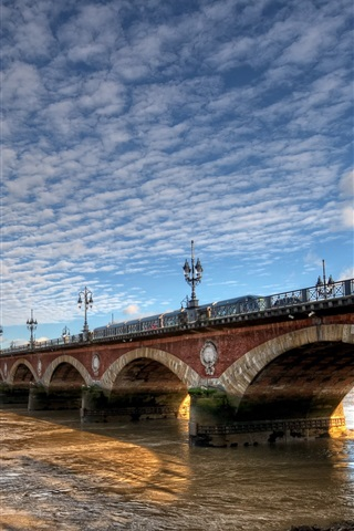 iPhone Wallpaper France, Aquitaine, Bordeaux, city, bridge, river, clouds