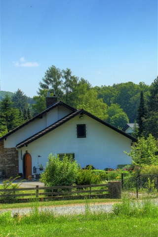 iPhone Wallpaper Germany, Wetzlar, house, road, trees, grass, green, summer