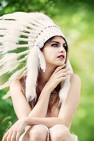 iPhone Wallpaper Indian style hat, feathers, girl, summer