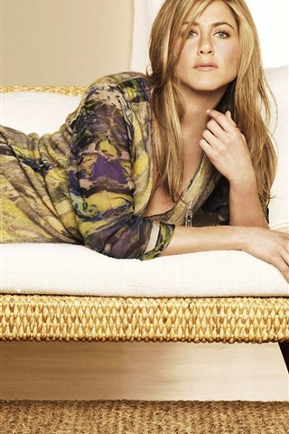 iPhone Wallpaper Jennifer Aniston 05