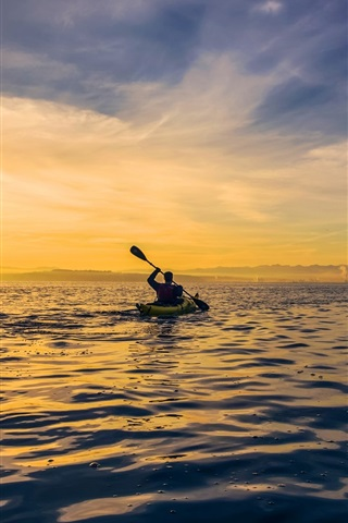 iPhone Wallpaper Morning, dawn, sunrise, clouds, sea, boat