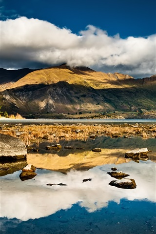 iPhone Wallpaper New Zealand nature scenery, lake, mountains, clouds, dusk