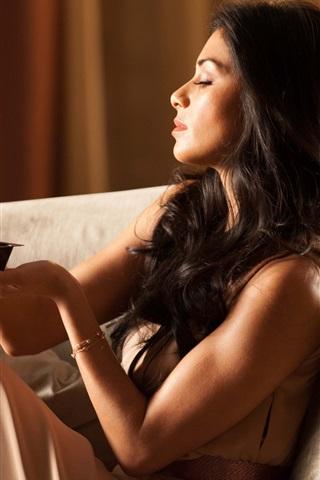 iPhone Papéis de Parede Nicole Scherzinger 01