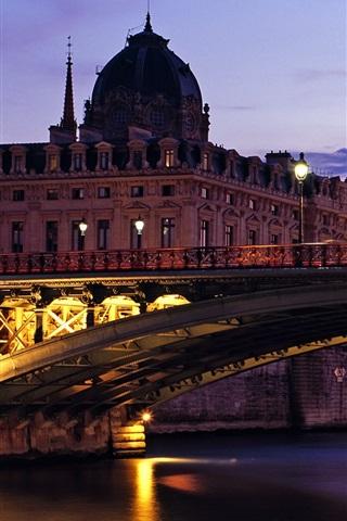 iPhone Wallpaper Pont Notre-Dame, dusk, lights, Paris, France