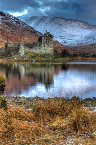 iPhone Wallpaper Scotland, Kilchurn Castle, ruins, lake, mountains, clouds