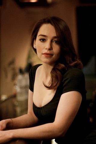 iPhone Wallpaper Emilia Clarke 02