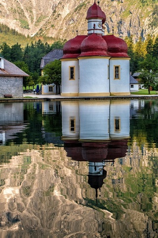 iPhone Wallpaper Germany, temple, houses, mountain, lake,water reflection