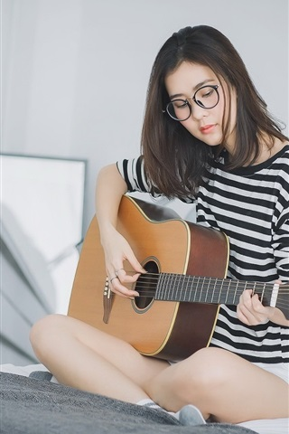 iPhone Wallpaper Girl play guitar sit on bed, Asian girl, glasses