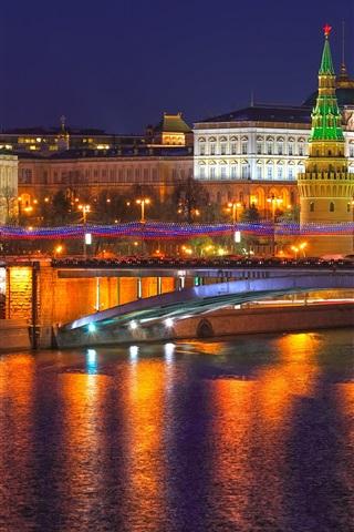 iPhone Wallpaper Moscow, Russia, city night, Kremlin, river, lights