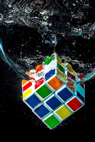 Rubik S Cube Falling In Water 640x1136 Iphone 5 5s 5c Se Wallpaper Background Picture Image