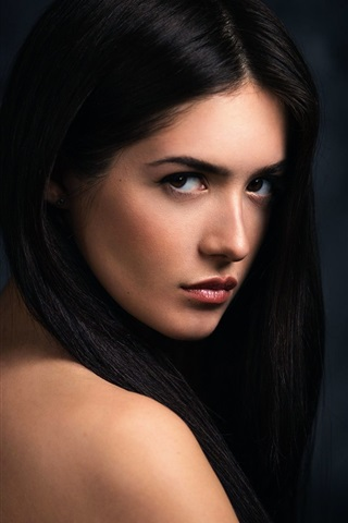 iPhone Wallpaper Black hair girl portrait, look back