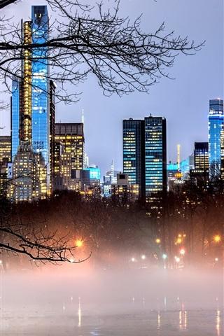 iPhone Wallpaper New York, Manhattan, USA, Central Park, lake, trees, skyscrapers, fog, dusk