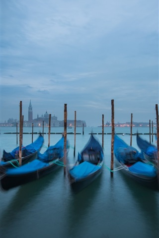iPhone Wallpaper Piazza San Marco, Venice, Italy, canal, boats, night, lights