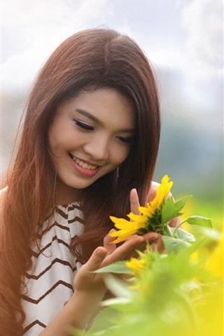 iPhone Wallpaper Summer smile Asian girl and sunflower