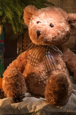 iPhone Wallpaper Teddy bear and gift, candle, Christmas theme