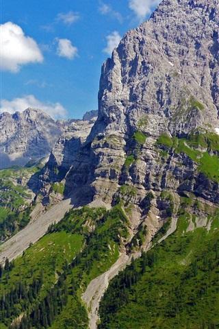 iPhone Обои Австрийские Альпы, горы, деревья, скалы, облака