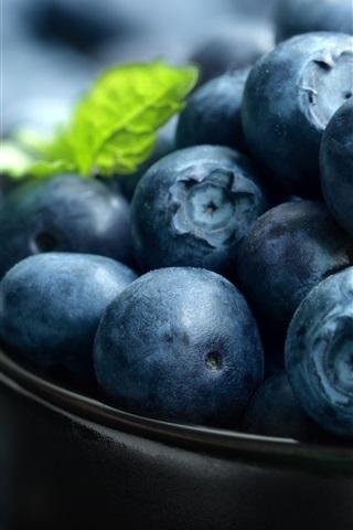 iPhone Wallpaper Blueberries macro photography, fruit