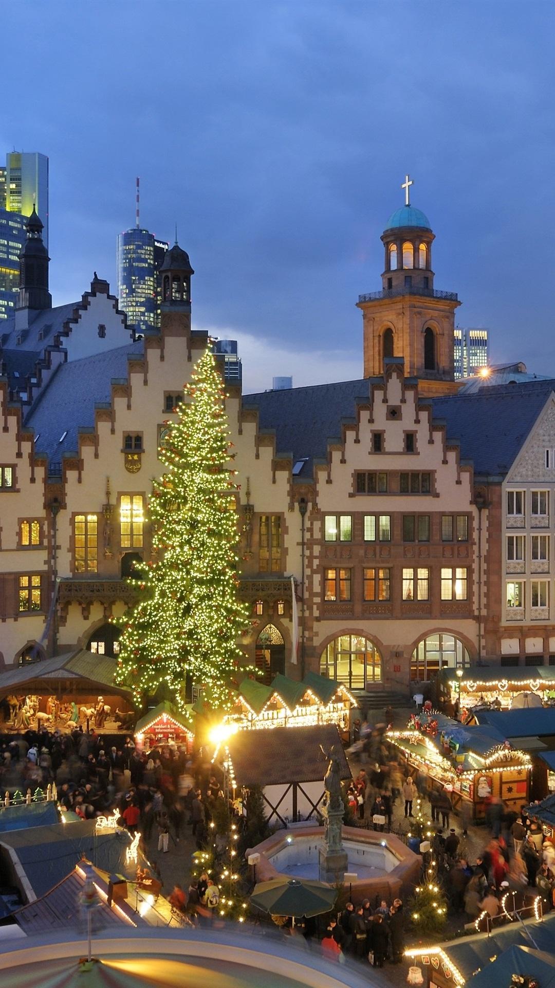 Christmas In Europe Wallpaper.Wallpaper Christmas Houses Night Lights People Market
