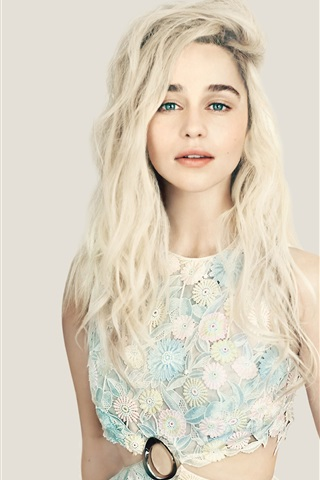 iPhone Wallpaper Emilia Clarke 03