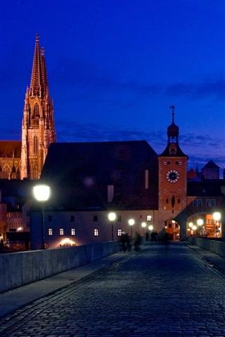 iPhone Wallpaper Germany, Bayern, Regensburg, city night, bridge, houses, lights