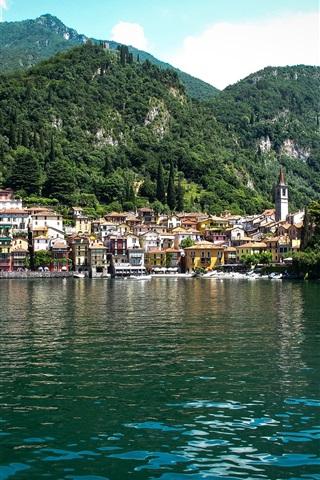 iPhone Papéis de Parede Lago de Como, Itália, aldeia, montanhas, árvores
