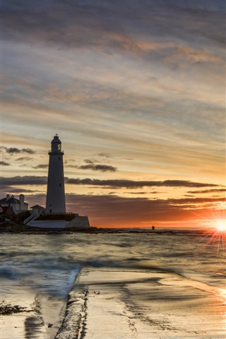 iPhone Wallpaper Lighthouse, sunset, sea, clouds, sun rays