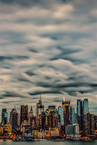 iPhone Wallpaper New York, Manhattan, USA, skyscrapers, clouds, night, yachts, lights, bay