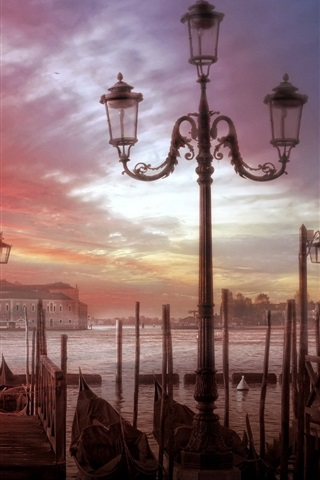 iPhone Wallpaper Venice, city, boats, river, houses, clouds, sunset