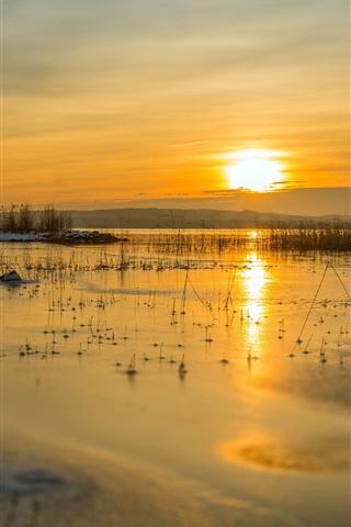iPhone Wallpaper Winter, lake, snow, sunset, grass