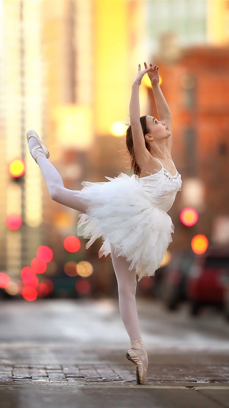 Wallpaper Ballerina Girl Dance Street 1920x1440 Hd Picture Image