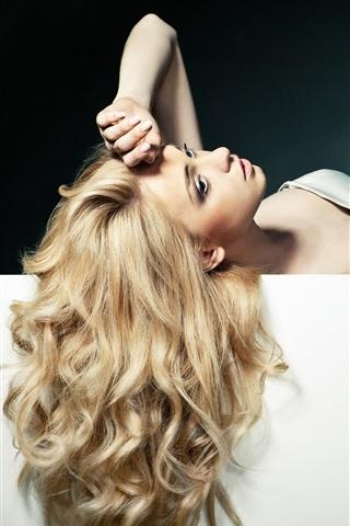 iPhone Wallpaper Beautiful blonde girl, long hair, pose, sexy