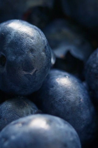 iPhone Wallpaper Fruit close-up, blueberries macro photography