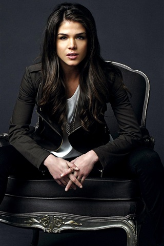 iPhone Wallpaper Marie Avgeropoulos 01