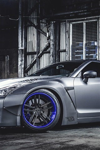 iPhone Wallpaper Nissan GT-R silver car side view
